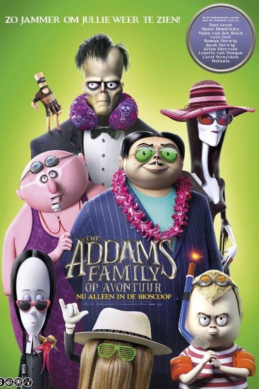 The Addams Family op avontuur. De animatiefiguren van The Addams Family staan in vrijetijdskleding met zonnebrillen bij elkaar. In witte letters: Zo jammer om jullie weer te zien!