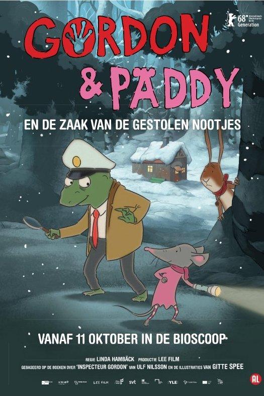 Gordon en Paddy en de zaak van de gestolen nootjes. Een kikker met een vergrootglas en een muis met een zaklamp sluipen door het bos.