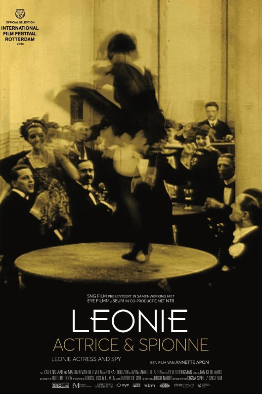 Leonie, actrice en spionne.