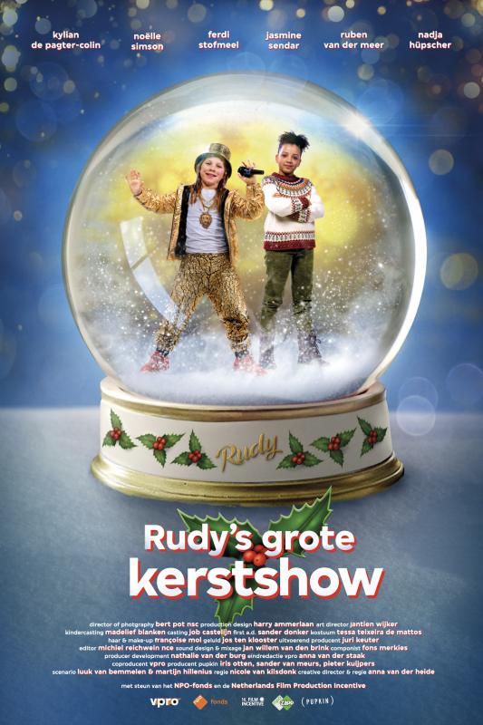 Rudy's grote kerstshow. Rudy en Sara in een sneeuwbol van glas.